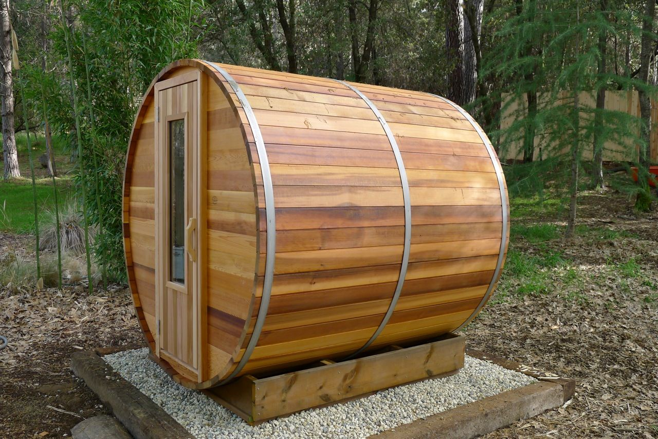 Sauna photo gallary cedarbarrelsaunas for How to build a backyard sauna